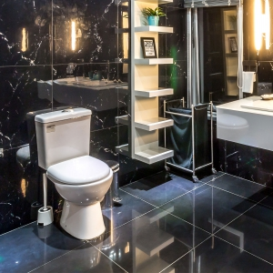 Ian Hayes Bathrooms & Plastering Bathroom image